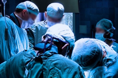 """إنقاذ مغربية بإجراء جراحة نادرة في """"مستشفى السويسي"""" بالعاصمة"""