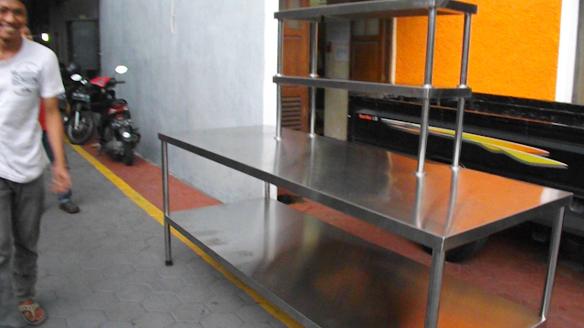 Meja Stainless steel untuk Dapur resto