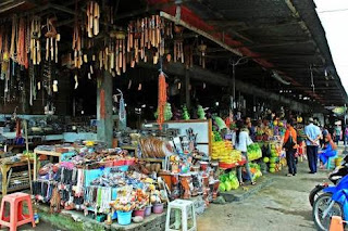 Pasar buah dan sayur candikuning