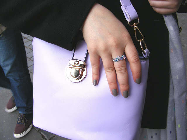 Bag and ring details Rome