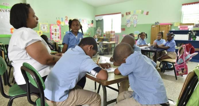 Estudio revela problemas de exclusión en todos los niveles de la educación