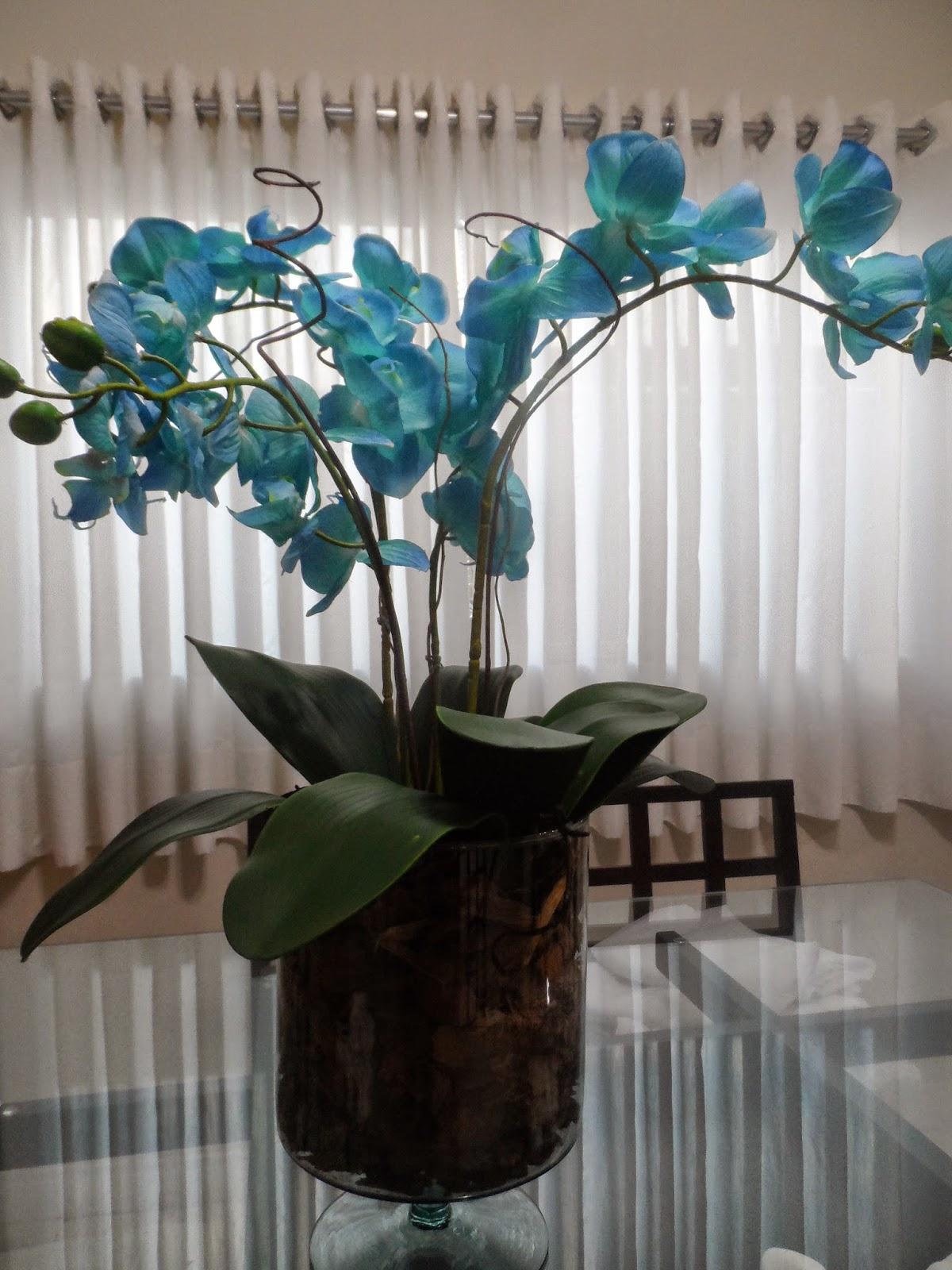 Aprenda a fazer arranjo de orquídeas artificiais! Veja o