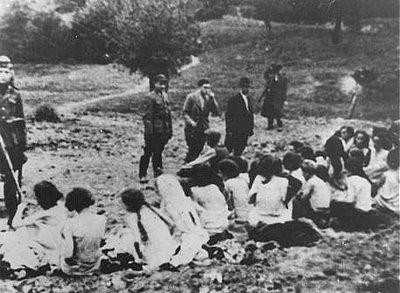 naked jewish women nazi
