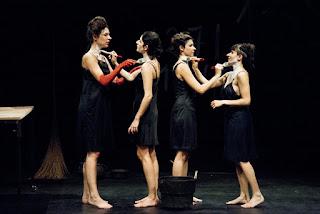 Le monde renversé marthe Festival WET theatre
