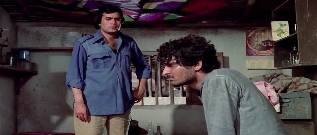 Namak Haraam 1973 Full Movie Free Download And Watch Online In HD brrip bluray dvdrip 300mb 700mb 1gb
