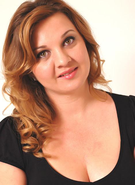 News: Perdida, da autora Carina Rissi faz sucesso na Alemanha. 7