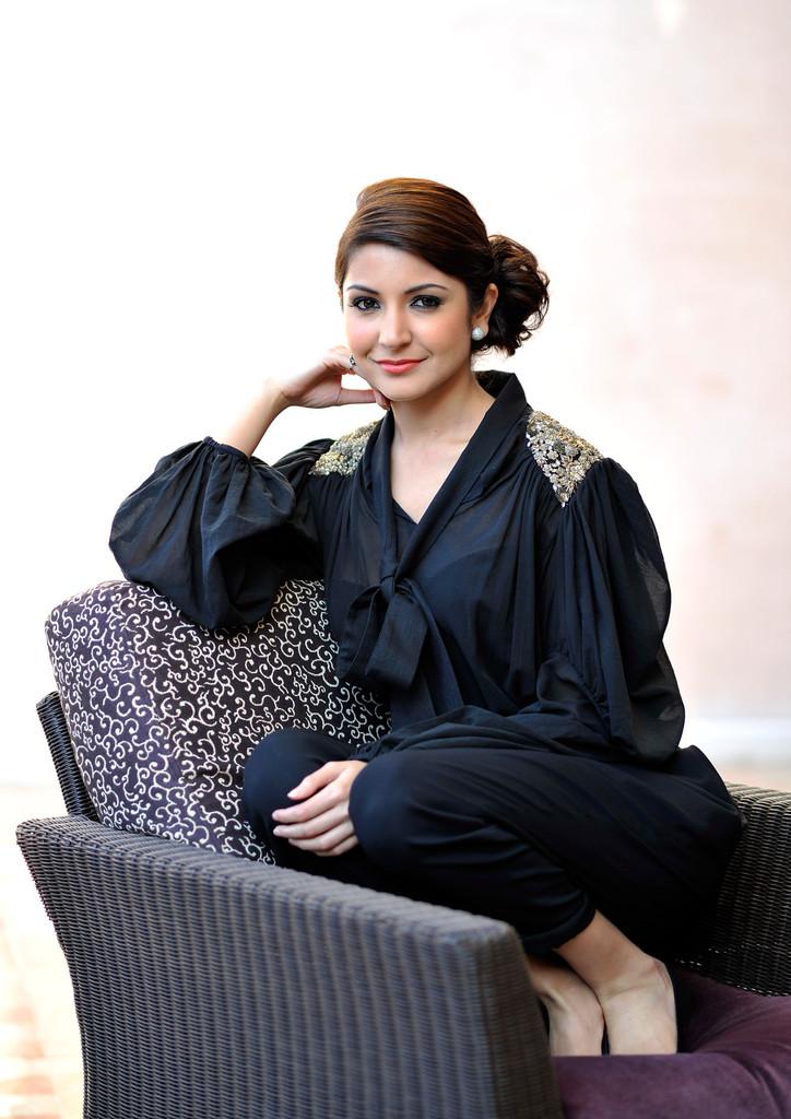 Anushka Sharma high resolution pictures - HIGH RESOLUTION ...