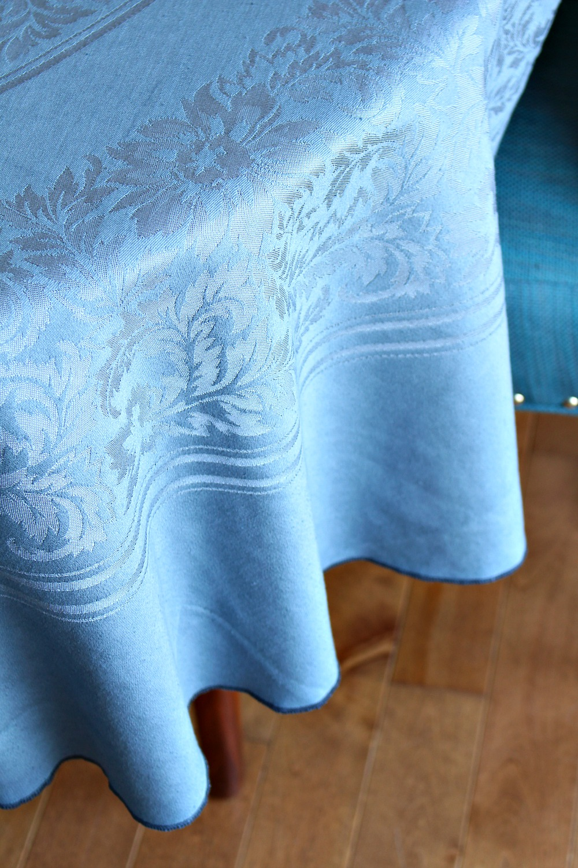 Cream damask table cloth dyed an unusual shade of grey // iDye Gun Metal // @danslelakehouse