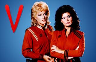 Imagen con un cromo de la serie V con Diana y la rubia
