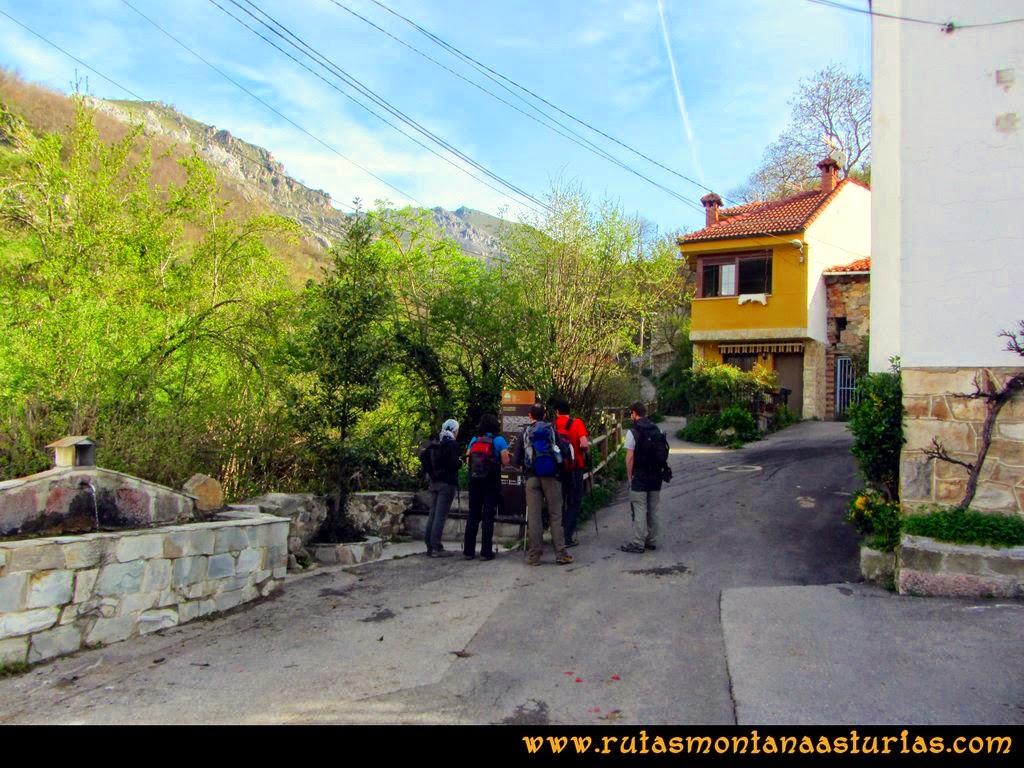 Ruta Retriñon: Inicio ruta enfrente Ermita Virgen de las Angustias