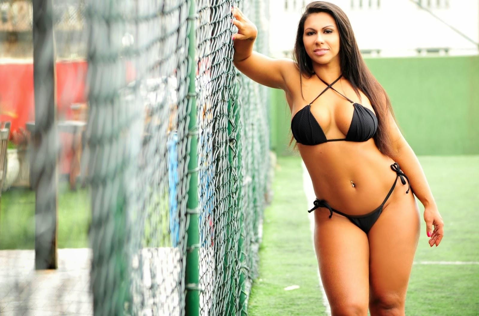 Colombiana caliente y atletico jugando y follando con dildo - 3 part 5