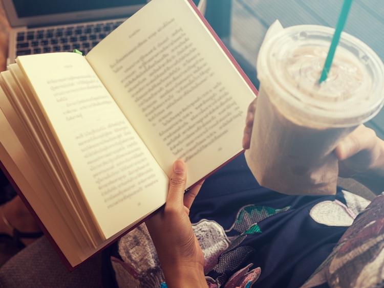 Livros e leitores: uma relação de amor intenso- Blogagem coletiva #52semanasdegratidão