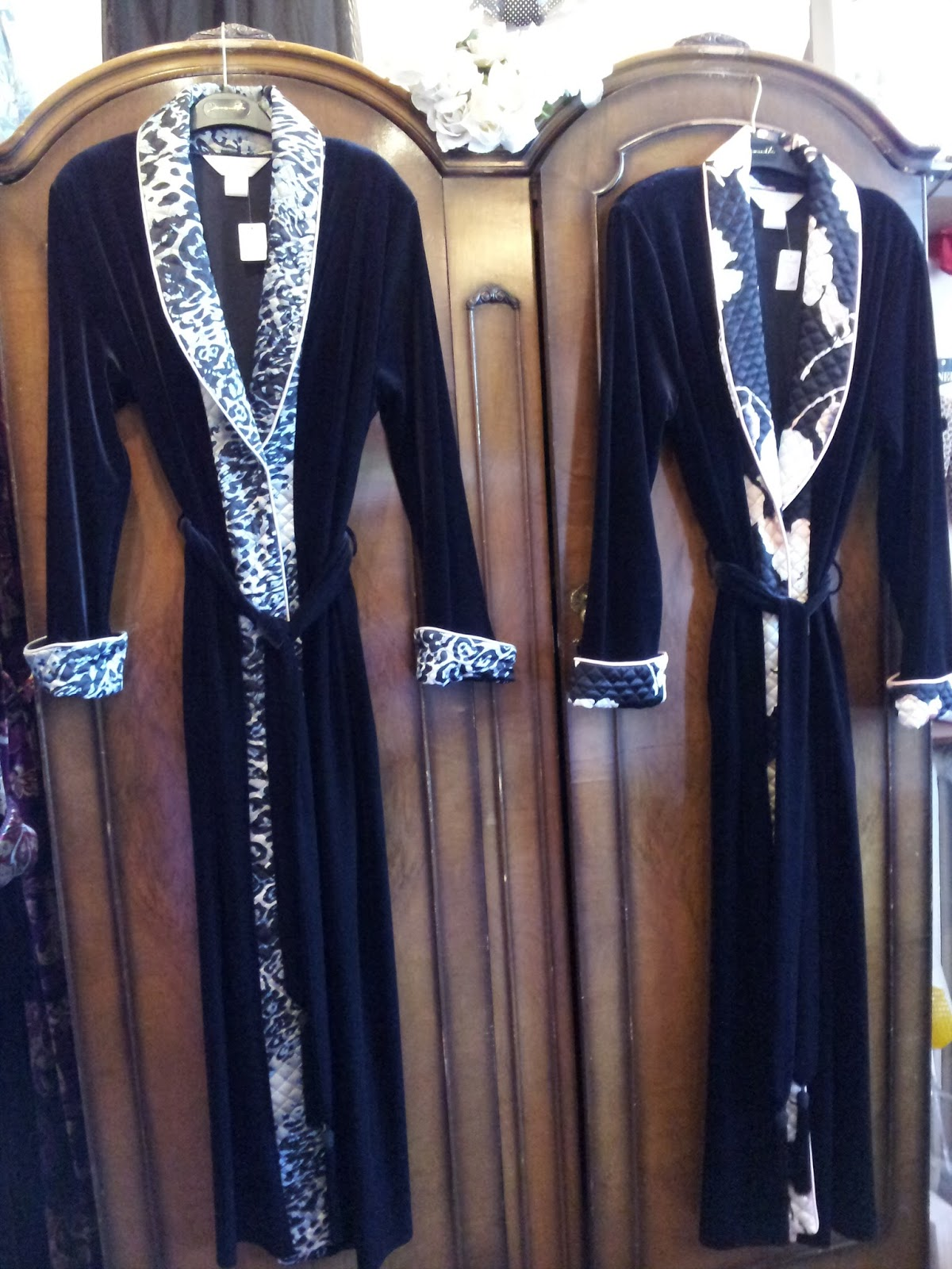 a069e8c8e7 Victoria Classic Lingerie  Diamond Tea Robes on Sale!