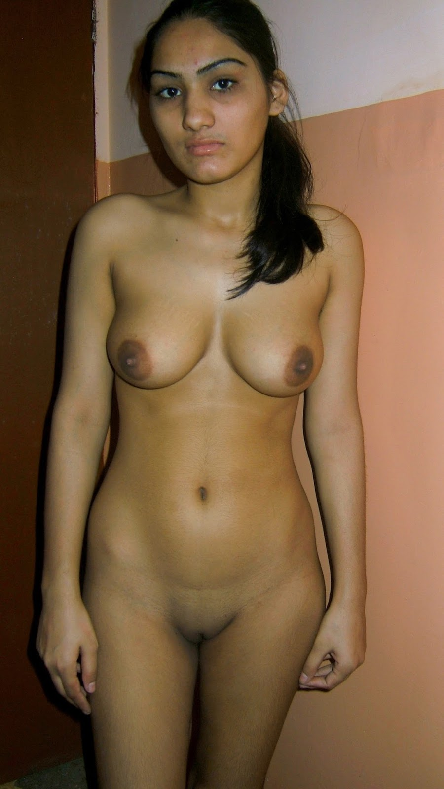 Nude girl desi any