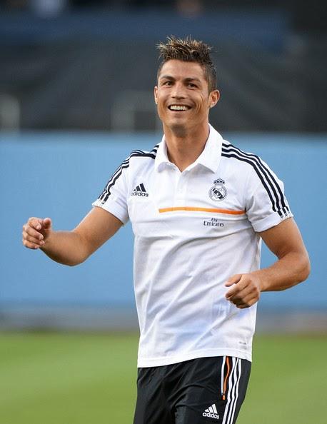 Wallpaper Awasome Cristiano Ronaldo And His Wife