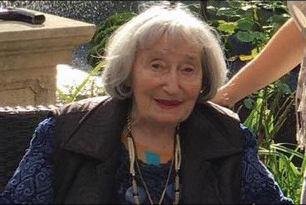 França Sobrevivente do Holocausto assassinada em Paris