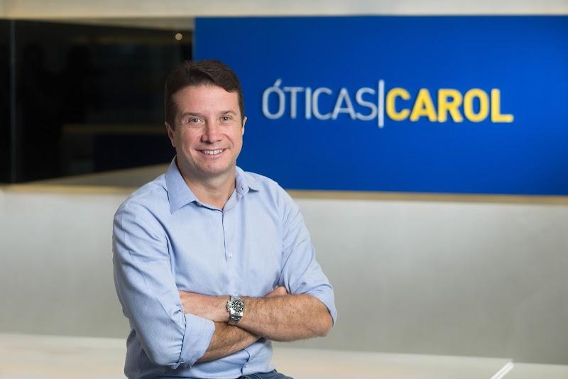 Óticas Carol é premiada como a empresa ótica com o melhor serviço de São Paulo