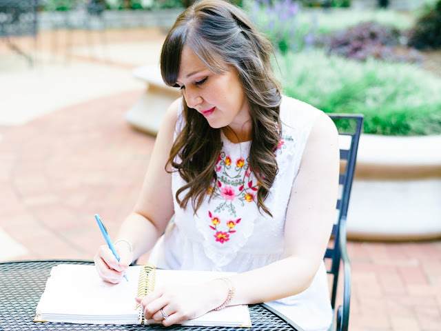 carrie elle perpetual planner review greenville sc blogger southern blogger