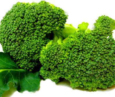 10 Manfaat Brokoli Bagi Kesehatan Tubuh dan Kecantikan Kulit