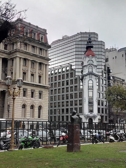 Plaza Lavalle, Buenos Aires