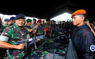 Keluh Kesah Panglima TNI Saat Kewenangannya Dipangkas - Commando