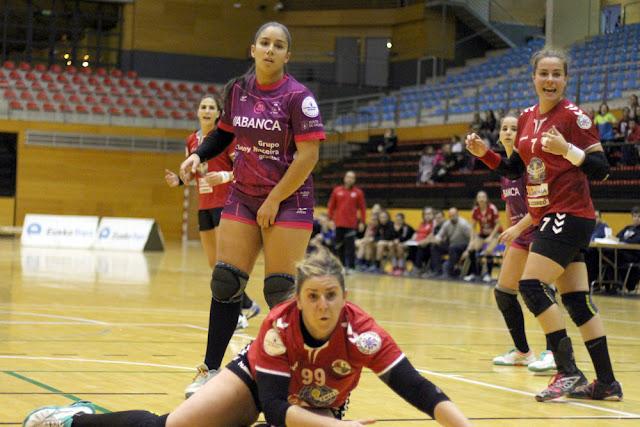 Balonmano | La extremo zurda Verónica Berastain renueva con el Zuazo para la temporada 2017/18