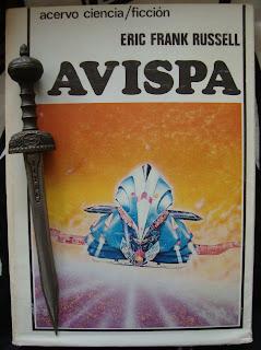 Portada del libro Avispa, de Eric Frank Russell