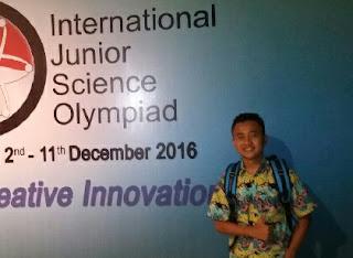Siswa SMPN 2 Genteng raih medali emas olimpiade nasional 2016.