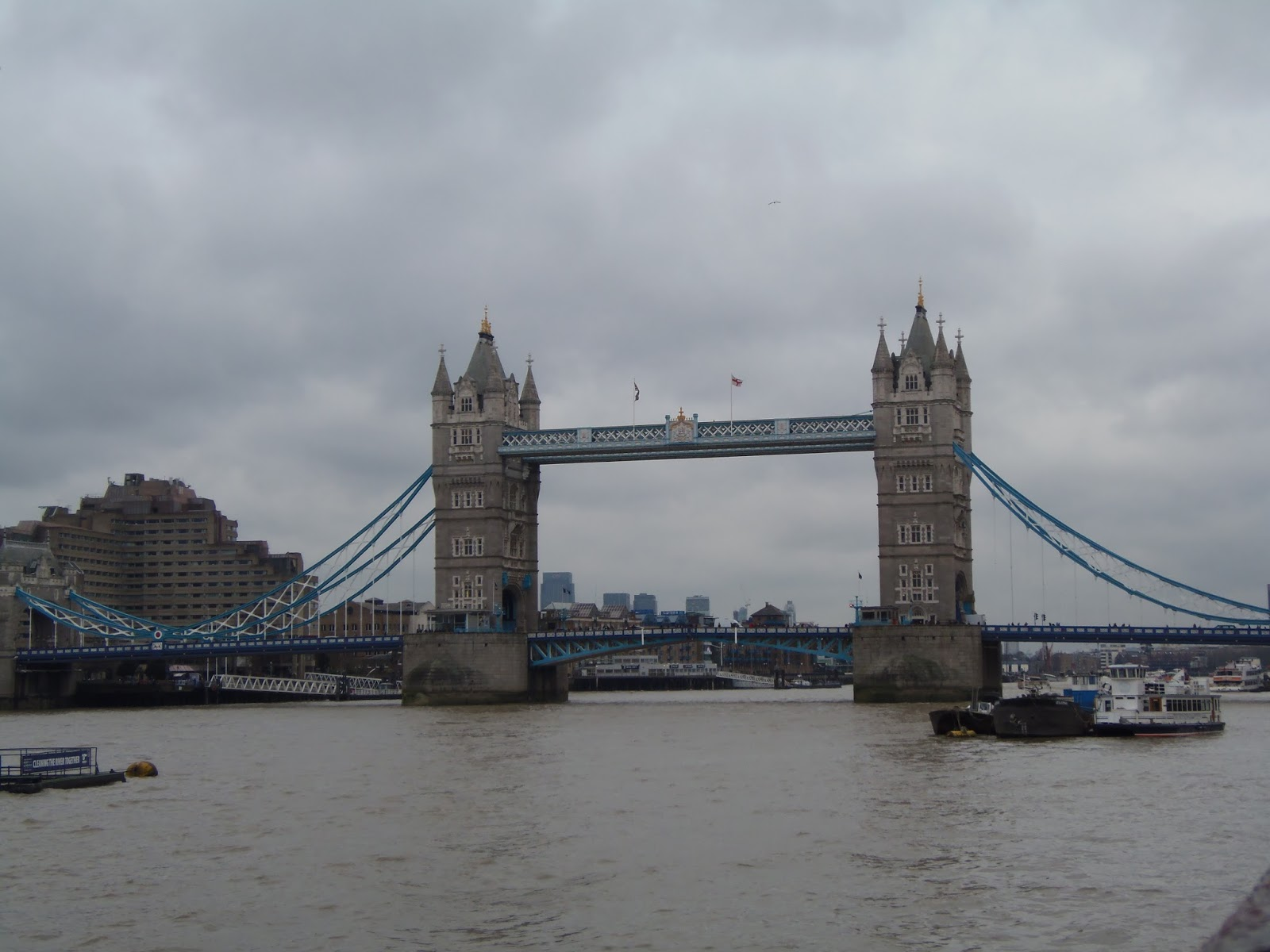 london, bridge, tower bridge, boats, travel, history, monument