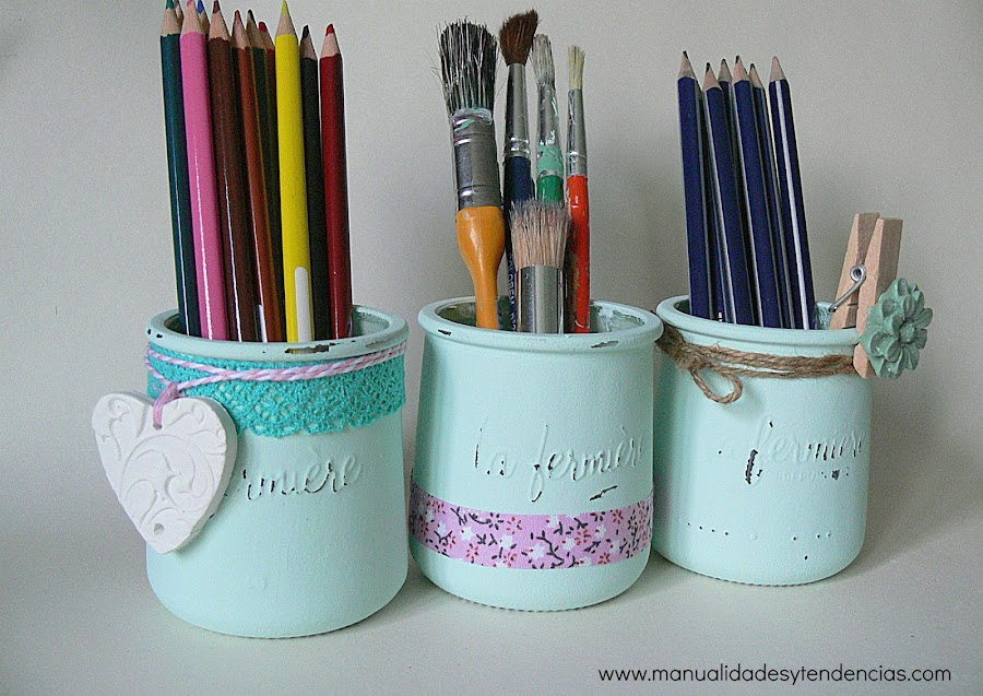 Tarros de cristal decorados con chalk paint