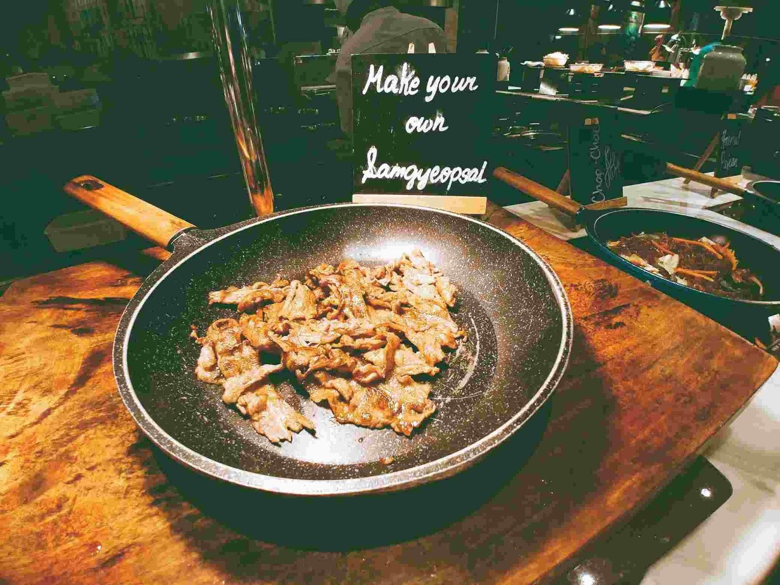 Vikings Luxury Buffet: samgyeopsal or Korean barbecue