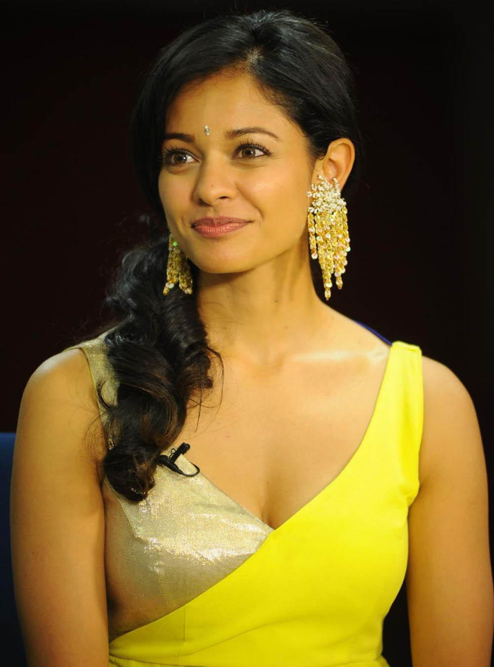Pooja Hegde in 2020   Beautiful bollywood actress