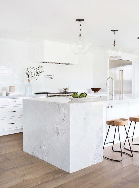 Coastal style white minimal - Credence keuken wit ...
