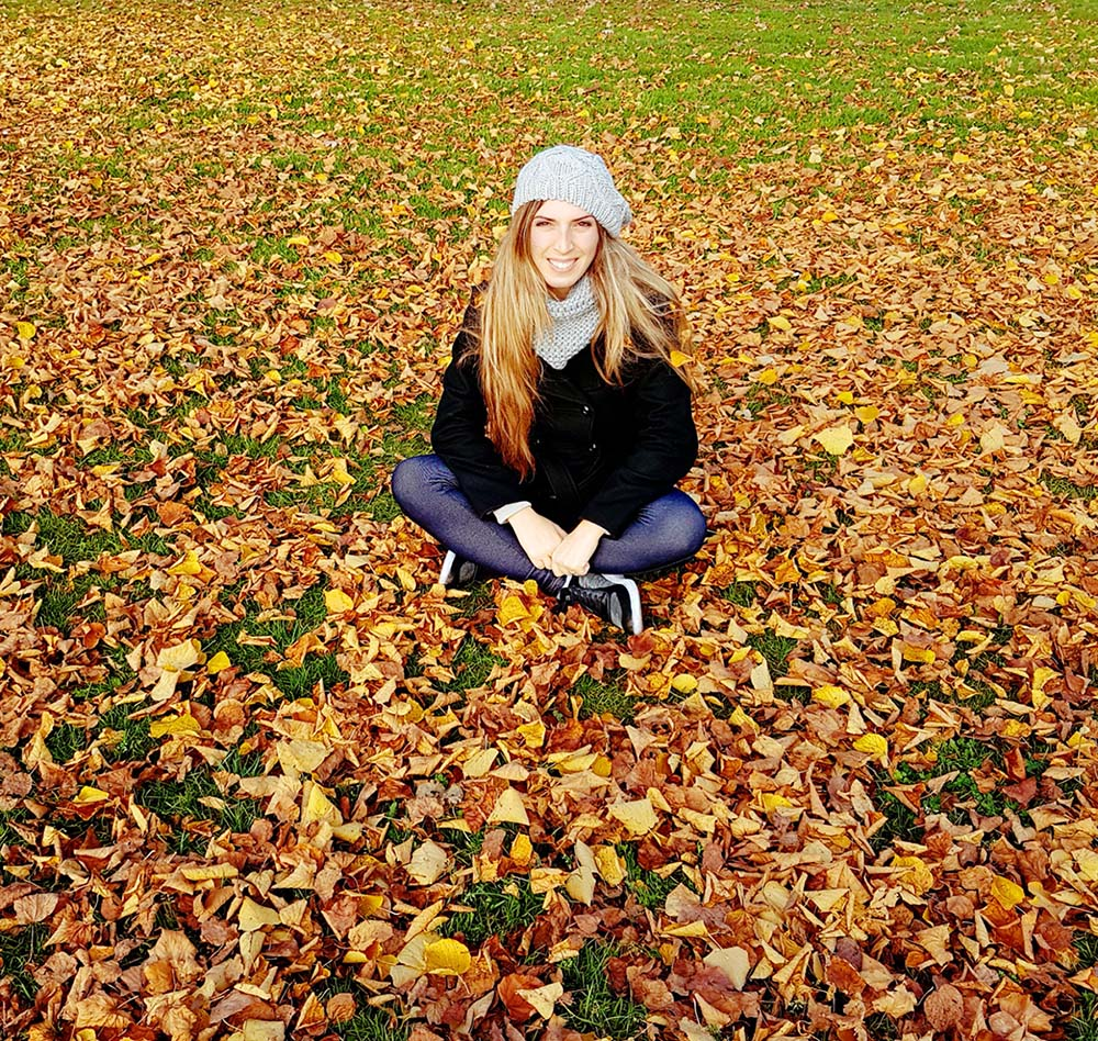 Me on leaves meadow in Friedrichshafen