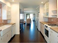Contoh Design Interior Dapur Klasik Modern untuk Keluarga Besar