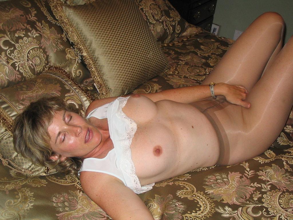 Mrs Ls Pantyhose 55