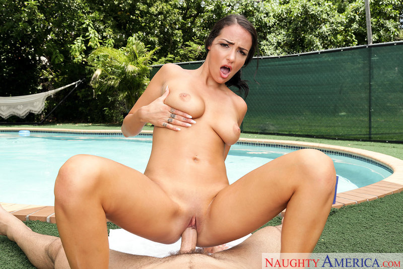 UNCENSORED [naughtyamerica]2017-09-20 Housewife 1 on 1, AV uncensored