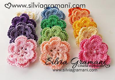 Flores em Crochê Coloridas