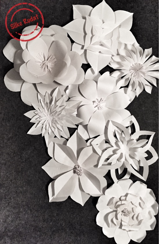 Silke rudat giant paper flower wall backdrop anyhowi wanted to make a more rustic version of the giant paper flower backdrop and decided to use kraft paper instead mightylinksfo Gallery