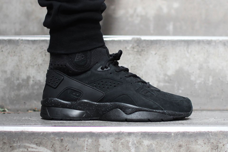 """promo code f6e82 cbca8 Fresh off the release of the """"Trail End Brown"""" colorway, Nike Sportswear is  back with a sleek rendition of the Mowabb silhouette."""