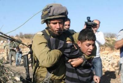 Régimen israelí aumenta detenciones de niños palestinos sin cargos ni juicios