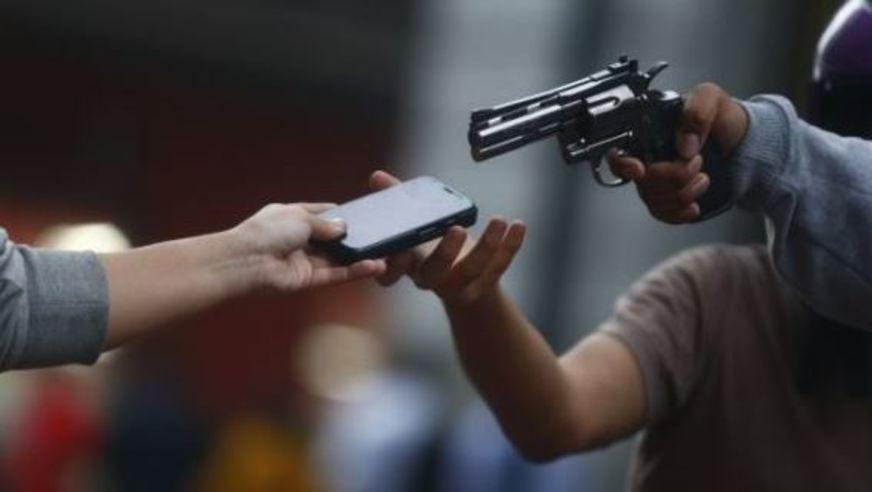 Governo de Minas Gerais facilita bloqueio de celulares roubados ou furtados