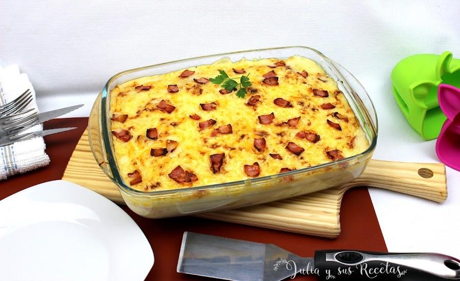 Patatas con bechamel gratinadas. Julia y sus recetas