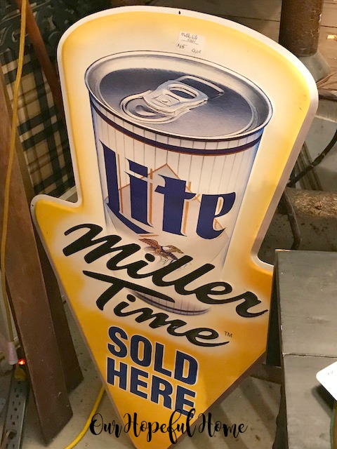 vintage Miller Lite neon bar sign