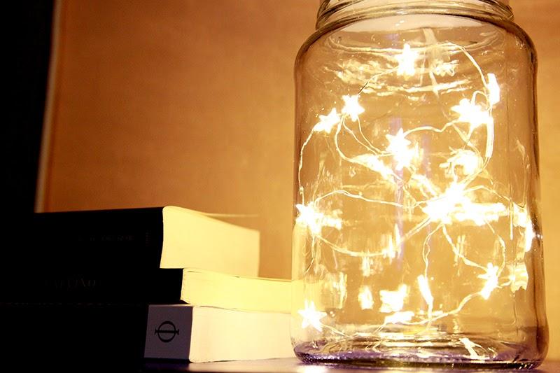 bf0832def77 Recicreaciones  Lámpara con tarro y luces navideñas
