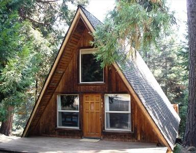 ตัวอย่างบ้านทรงสามเหลี่ยมสวยๆ Babbaan In