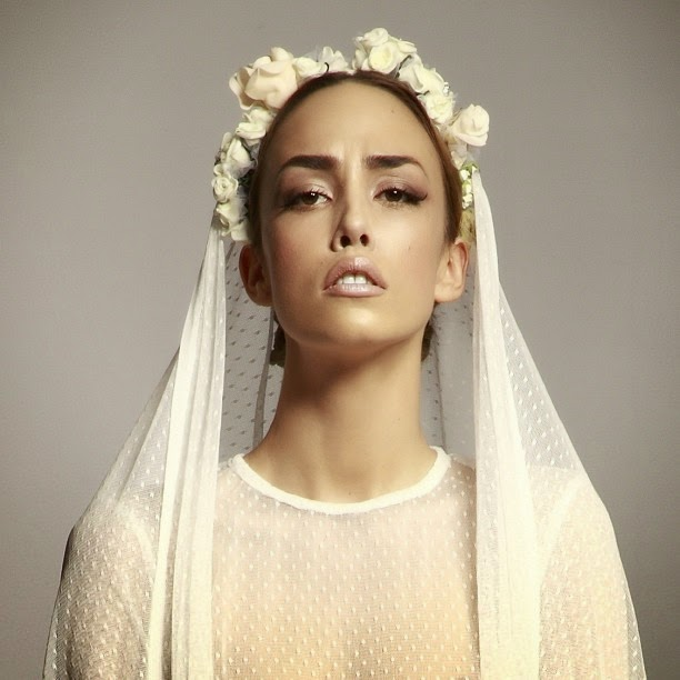 Traditional Veil with Flowers
