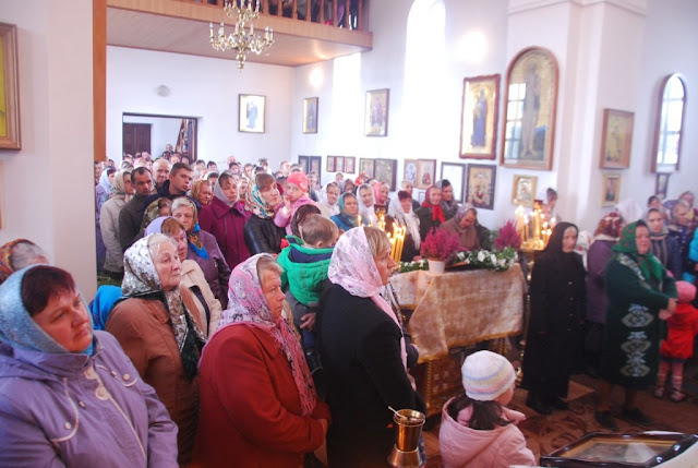 Парафіяни та гості храму с. Борохів