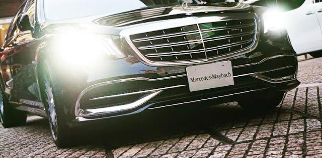 Cụm đèn trước Mercedes Maybach S560 4MATIC 2019 sử dụng sử dụng Công nghệ LED thông minh
