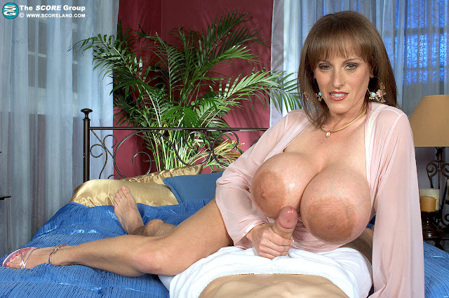 Cindy Cupps Anal 40